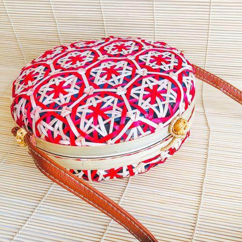 Yuvarlak bambu hasır çanta